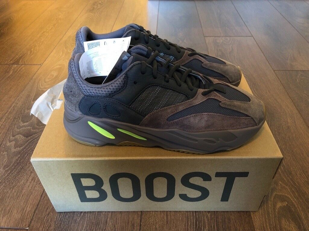 ca87d7e059904 ADIDAS YEEZY BOOST 700 MAUVE TRAINERS UK SIZE 10.5