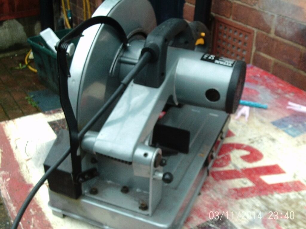 FOR SALE TITAN 2000W CHOP SAW {METAL}
