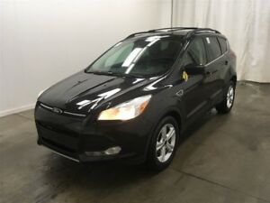 2015 Ford Escape SE / NAVIGATION / SUNROOF / LEATHER