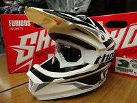 New Kids Youth M 51-52cm Shot Furious MX Helmet & White Thor Goggles Black/White