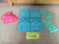 Gingerbread House Silicone Baking Trays