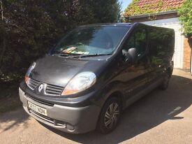 Black Renault Trafic Van