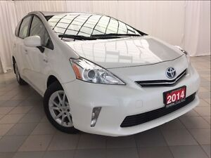 2014 Toyota Prius v Luxury Package *One Owner*