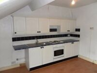 1 bed spacious top fl flat, Waterloo, L22 5NL, D/Glazing, Elec Shower, Close to Shops and Marina