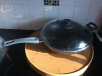 non stick wok pan with lid from IKEA 28 cm