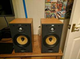 B&W DM601 S2 speakers Recently serviced.