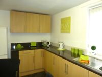 Large 4 Bed Maisonette To Rent In Millfield