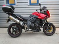 Triumph Tiger Sport 1050 - Fitted with Topbox!