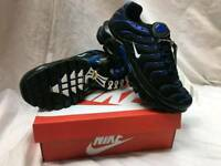Brand new stunning black tns