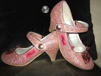 Girls pink glittery high heel shoes. Size 11/12.