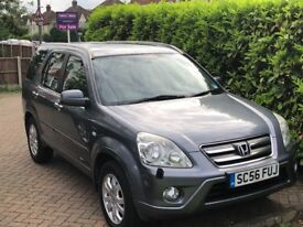 Honda CR-V iVTEC Executive Automatic for sale. Only 68000 miles. MOT 3/19. Good condition.
