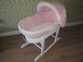 Claire de Lune White Wicker Moses Basket with Pnk Dimple Trim