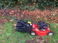 Rover XDS46 Self Propelled Petrol Lawnmower Briggs & Stratton Quattro 40 Grass