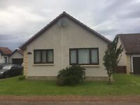 2 bedroom detached bungalow in Wester Inshes next to a school and park and easy access to shops