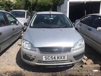 Ford Focus breaking for parts