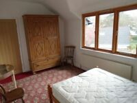 St Ives - Shared House for Designers & Artists with Studio, Garden & Parking: Double En-Suite Room