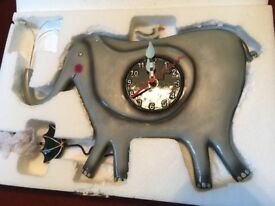 Alien elephant clock
