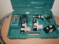 makita 18v hammer drill with 3 3amp batteries