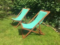 2 folding wood and canvas deck chairs (ivory green)