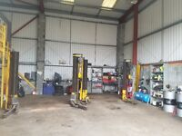 Mechanic, MOT Tester, Tyres Fitter required, Job Vacancy, Braintree CM7 2QS