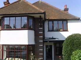 large one bedroom flat in golders green, close to local shops and transport ,must be seen,£275.00 Pw