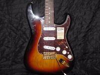 2011 FENDER MEXICAN STRATOCASTER-DELUXE PLAYER'S EDITION-NOISELESS PICKUPS