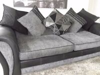 Large 8ft Leather/Fabric Settee - Super Comfy (DFS)