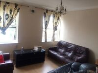 Nice & spacious One bed flat to Let on just next to Seven Kings Train Station IG3 8BY
