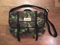 Manhattan Portage Messenger Bag Camouflage in Medium size
