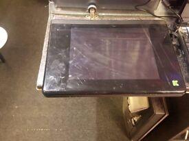 Advent k4000-120gb HDD- 1.25GB RAM - Laptop