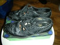 Pair black leather Kilt Ghillie shoes - size 7