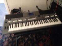 YAMAHA PSR S670 KEYBOARD (new model)