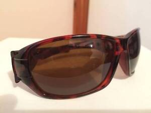 BRAND NEW WOMENS DIESEL SUNGLASSES B 840 Endeavour Hills Casey Area Preview