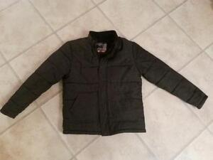 Men's Winter Jacket Size Small Excellent Condition