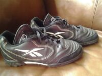 Reebok black trainers astros size uk 5.5