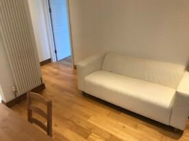 -- UNIQUE STUNNING DOUBLE ROOM JUST £549PCM NEXT TO STATION MUST SEE--