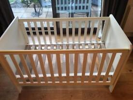Cot toddler bed mamas & papas
