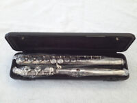 Yamaha 311 Flute in Excellent Condition
