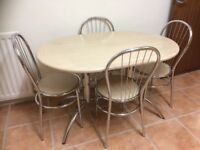 Dining / kitchen table with 4 chairs excellent condition