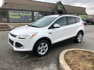 2016 Ford Escape SE / AWD / LEATHER / NAVIGATION /
