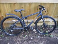 PINNACLE MOUNTAIN/HYBRID BIKE - 21 GEARS - GOOD CONDITION
