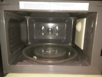 Russell Hobbs RHM2060B 20 Litre Black Manual Microwave - Like New