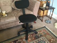 Office Chair adjustable in Black