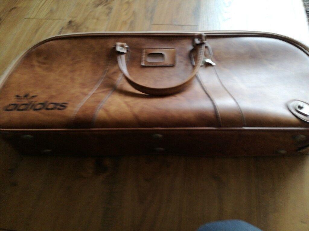 1077378d9be2 Adidas vintage peter black tennis bag