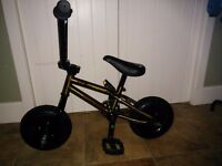 Venom Mini BMX in gold (as new)