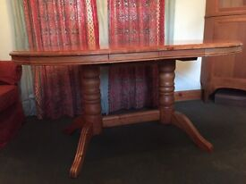 Solid Wood Dinningroom Table & 4Chairs