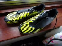 football boots size 8 addidas predito