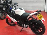 DERBI GPR 125 same as APRILIA RS4 YAMAHA YZFR125 **Mint Condition** Legal Learner Motorcycle