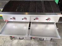 BRAND NEW 120CM COMMERCIAL FASTFOOD FOUR BURNER CATERING FLAME GRILL MACHINE MEAT BBQ RESTAURANT