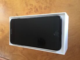 Mint Condition Apple iPhone 7 Plus - 256GB - Black (Unlocked) Smartphone